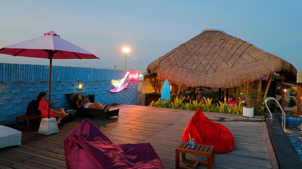 Koa D` Surfer Hotel Rooftop Lounge - Fitness Holidays in Bali - Fitness Holidays for Travelling Athletes