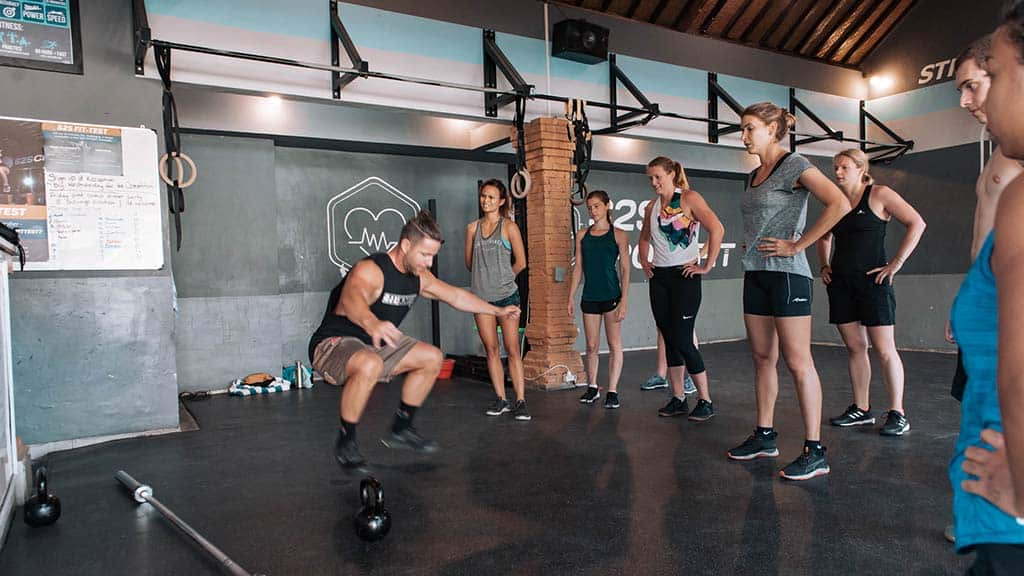 S2S CrossFIT, Beachworkouts & Surfing in Bali - Fitness Holidays for Travelling Athletes - Fitness Holidays in Bali