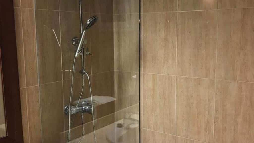 Private Standard Flat - Shower - Roque del Conde - Fitness Holidays for Travelling Athletes - Fitness Holiday